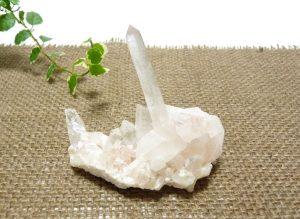 ヒマラヤ水晶クラスター(hcc137-b)