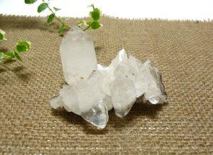ヒマラヤ水晶クラスター(hcc154-b)