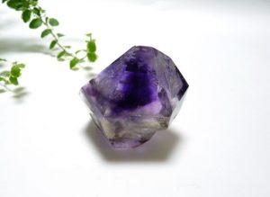 エレスチャルの磨き石(水入り)(sel017-b)