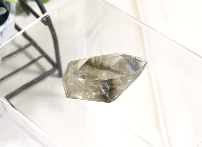 プラチナクォーツの結晶