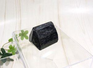 ブラックトルマリンの原石(gem-tr02)