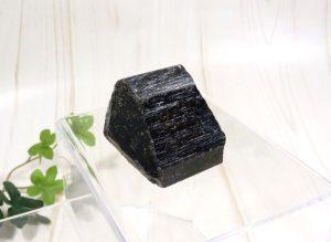 ブラックトルマリンの原石(gem-tr05)