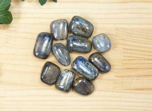 ネパール産カイヤナイト タンブル(中)(tum012)