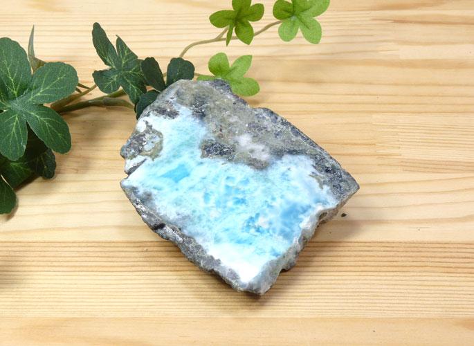 ラリマーの磨き石