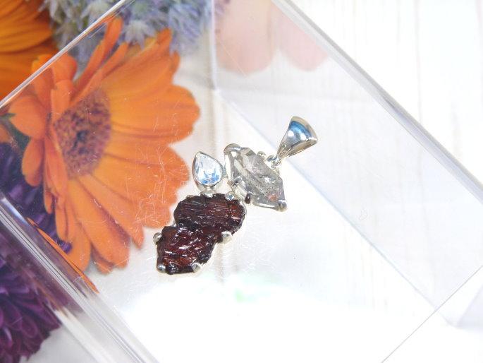 【Starborn】ガーネット & ホワイトトパーズ &ハーキマーダイヤモンド SV925 ペンダントトップ