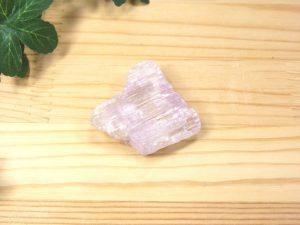 アフガニスタン産 クンツァイト 結晶(gem-kun01)